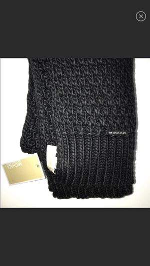 Brand new Knit scarf by Michael Kors never worn ships fast! for Sale in Denver, CO