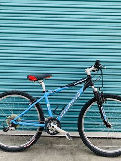 ✈️💎 Sky blue Specialized Rockhopper for Sale in Los Angeles,  CA