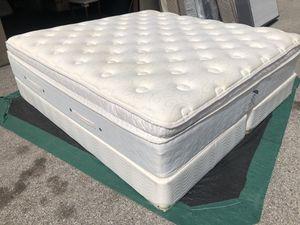 "King mattress set Pillowtap 16"" for Sale in Houston, TX"