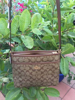 Coach cross body bag for Sale in Gardena, CA