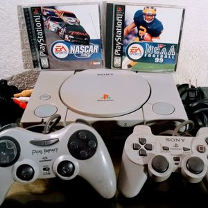 Original Play Station Ready To Play for Sale in Oklahoma City, OK