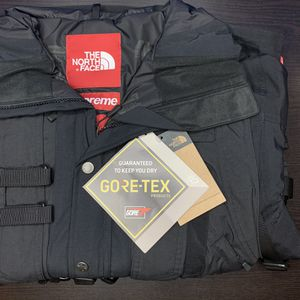 Supreme X NorthFace RTG Jacket + Vest for Sale in East Los Angeles, CA