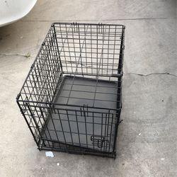 Medium Dog Kennel for Sale in Fresno,  CA