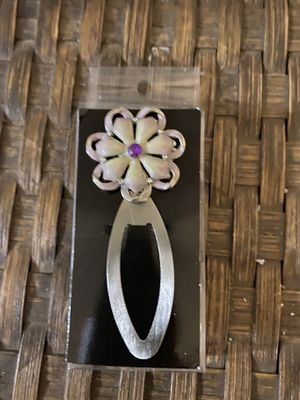New flower book mark clip for Sale in Knightdale, NC