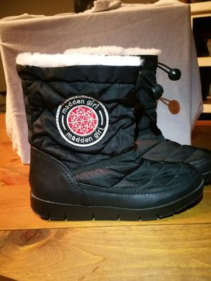 Madden Girl Icicle Black Puffer Quilted Ankle Snow Boots Women's Size 6M for Sale in Hudson Oaks, TX