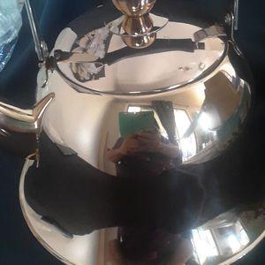 WHISTLING TEA POT STAINLESS STEEL for Sale in Casa Grande, AZ