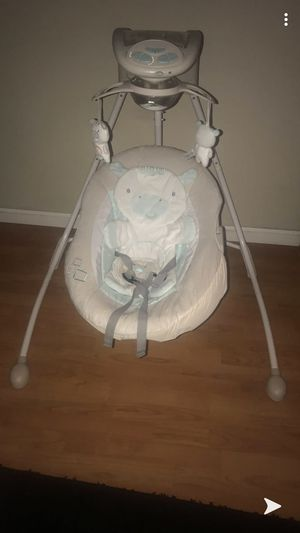 Baby swing for boy or girl for Sale in Orlando, FL