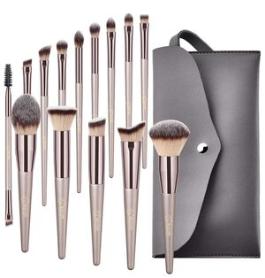Makeup Brushes, Conical Handle Professional Premium Synthetic Makeup Brush Set Kit With Case Bag for Blending Foundation Powder Blush Eyeshadow for Sale in Piscataway, NJ