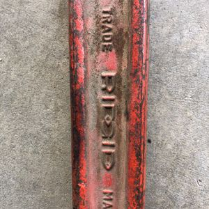 Ridgit Compound Pipe Wrench for Sale in Highland, CA