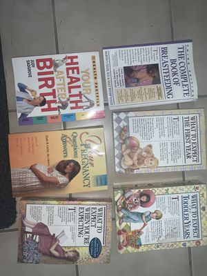 6 pregnancy books for Sale in Commerce Charter Township, MI