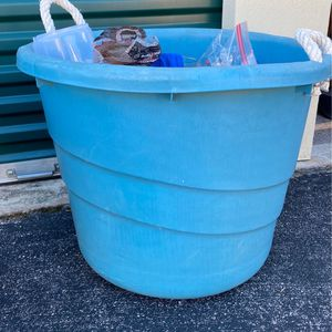 Large Toy Bin for Sale in Haines City, FL