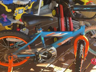 Kids Bikes One For A Boy And One For A Girl for Sale in Kissimmee,  FL
