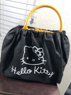 Yellow hello kitty purse for Sale in Houston, TX