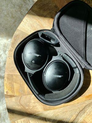 BOSE QuietComfort 35 Wireless Headphones for Sale in Scottsdale, AZ
