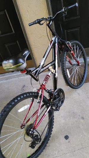 HUFFY BIKE WITH DUAL SUSPENSION. READY TO RIDE, NO ISSUES for Sale in Dallas, TX