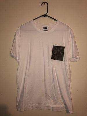 Louis Vuitton T-Shirt for Sale in Los Alamitos, CA