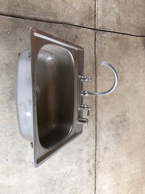 Kitchen sink for Sale in Morada, CA