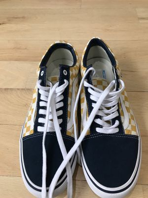 Vans No Box Great Condition Size 13 100% AUTHENTIC for Sale in New York, NY