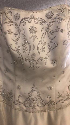 Wedding dress for Sale in Whittier, CA