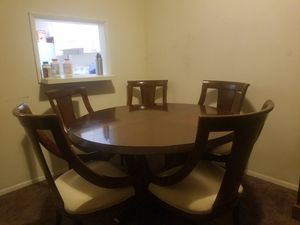 Nice dining table can be extended in the middle has to be gone by sunday for Sale in Fort Lauderdale, FL