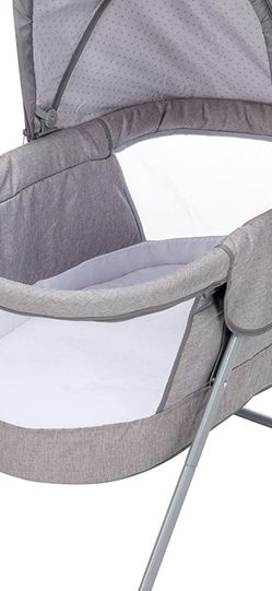 Safety 1st Nap And Go Bassinet for Sale in North Bend,  WA