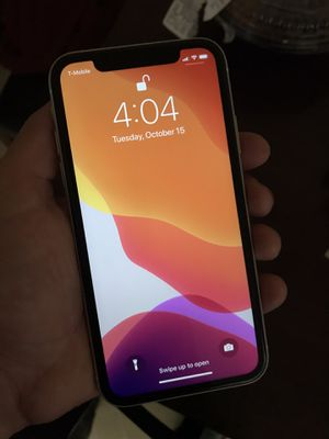 iPhone XR for Sale in Pittsburg, CA