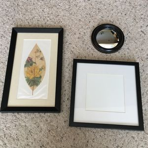 Gallery wall starter kit for Sale in Tomball, TX