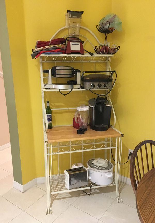 Bakers rack