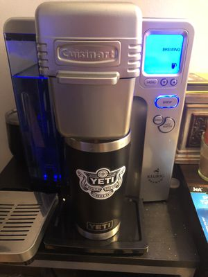 KEURIG COFFEE MAKER for Sale in Reynoldsburg, OH