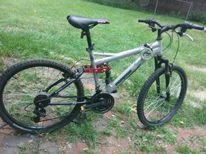 "24"" 21 speed mongoose for Sale in Lincoln, NE"