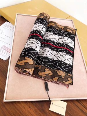 BURBERRY 100% Cashmere Scarf for Sale in Mountain Brook, AL