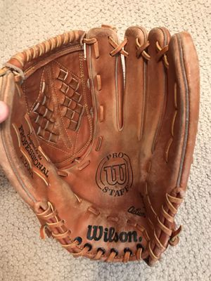 ** PRICE REDUCED** Wilson A2061 Professional Leather Baseball Glove $50 or B/O for Sale in Edison, NJ