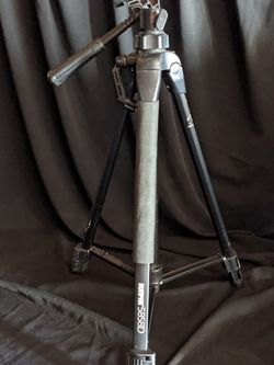 SUNPAK 5858D Photo/Video Tripod for Sale in Oakland,  CA