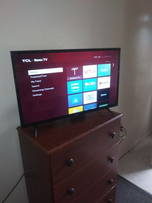 TCL 32S305 Roku Smart TV for Sale in Lawton, OK