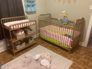 Crib and changing table for Sale in Richmond, VA