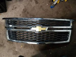 Tahoe/Suburban grille/grill for Sale in Edgewater Park, NJ