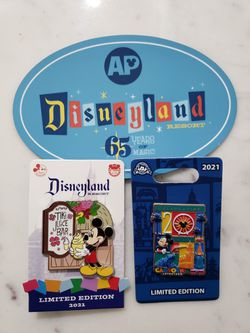 Disneyland Annual Passholder Pin + DCA Pin + AP Magnet for Sale in Los Angeles,  CA