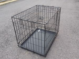 Small dog crate for Sale in Nashville, TN