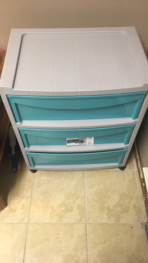 3 drawer plastic (blue) for Sale in Windsor, CT