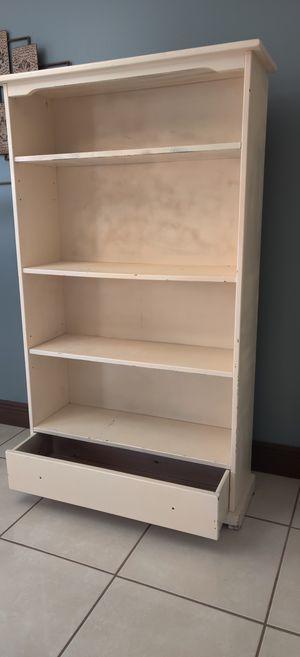 "Bookcase/Bookshelves - Real Wood 60"" x 35"" x 12"" for Sale in Tamarac, FL"
