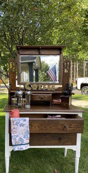 Stunning Antique 1920s Dressing Cabinet for Sale in Joint Base Lewis-McChord, WA
