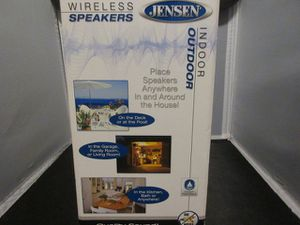 Jensen Indoor/Outdoor Wireless Speakers with Transmitter & Remote for Sale in Milwaukee, WI