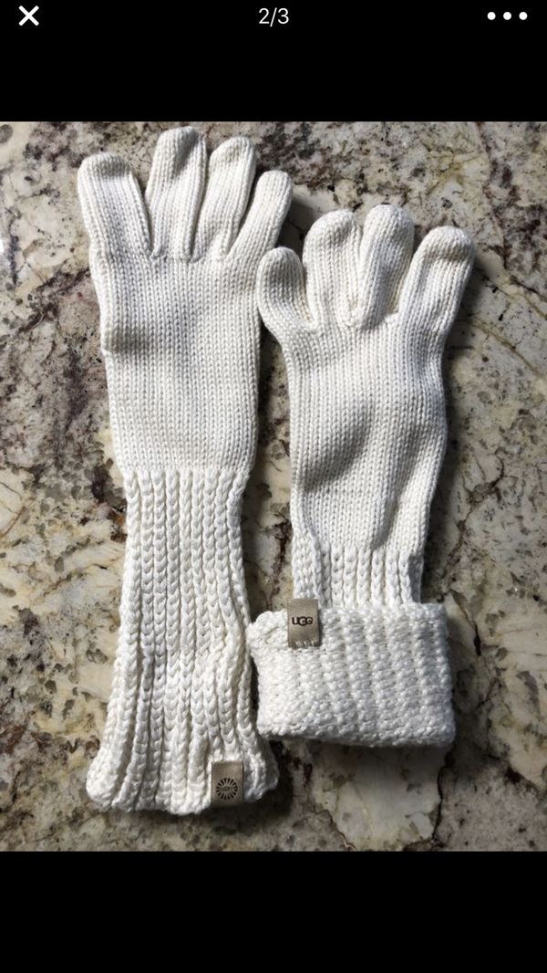 UGG Gloves-BRAND NEW