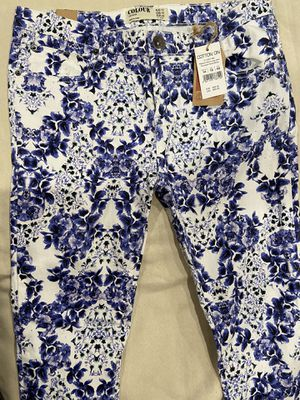 New Floral Pants. Woman's size 14. for Sale in Whittier, CA