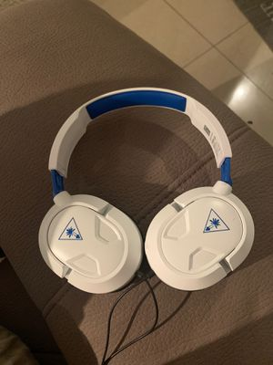 Turtle beach ps4 gaming headset for Sale in Miami, FL