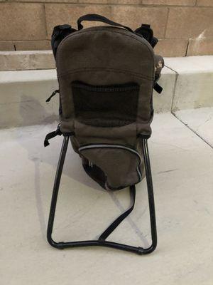 Snugli child hiking backpack for Sale in Etiwanda, CA