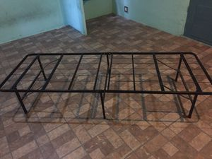 (2) Twin metal bed frame $20 for Sale in Los Angeles, CA