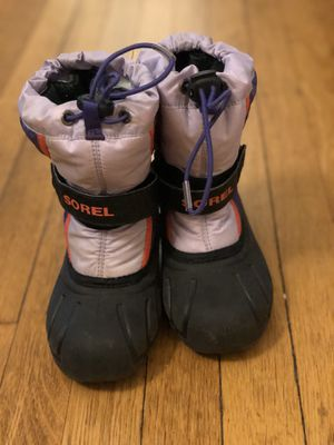 Sorel kid snow boots (size 11) for Sale in Andover, MA