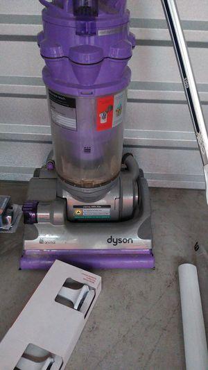Dyson vacum for Sale in Davenport, FL