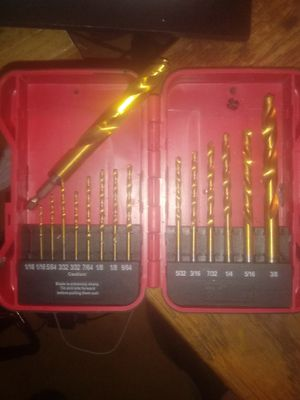 Hyper tough 15 pcs drill set for Sale in Lubbock, TX